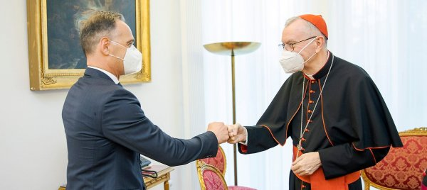 The Pope and foreign policy: Berlin and the Vatican celebrate one hundred years of diplomatic relations