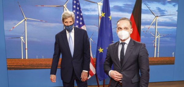 Kerry pushes for more ambitious climate protection
