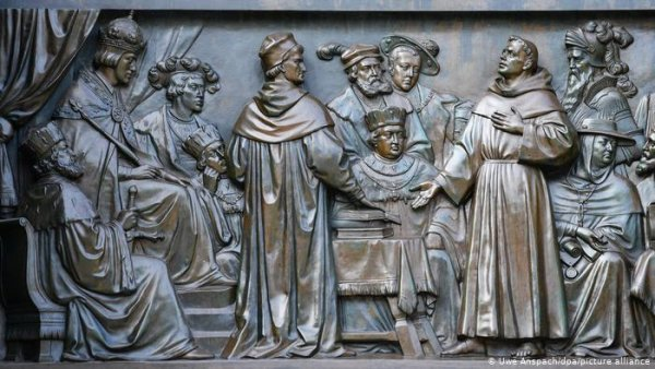 500 years after Martin Luther's excommunication: A chance for ecumenical Christianity