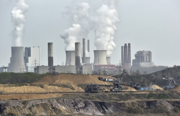 Germany says it beat 2020 goal to cut greenhouse emissions